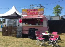 LICK FoodVan: Funnel Cake Foodtruck