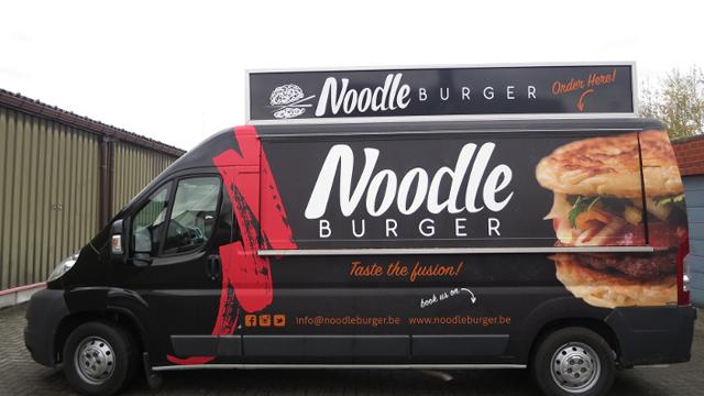 NOODLE BURGER- FUSION FOODTRUCK
