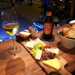Plankje bij Kaas en Worst op Wielen